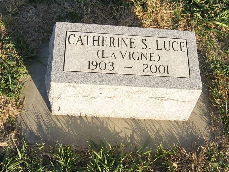 Catherine S (LaVigne) Luce Grave Photo