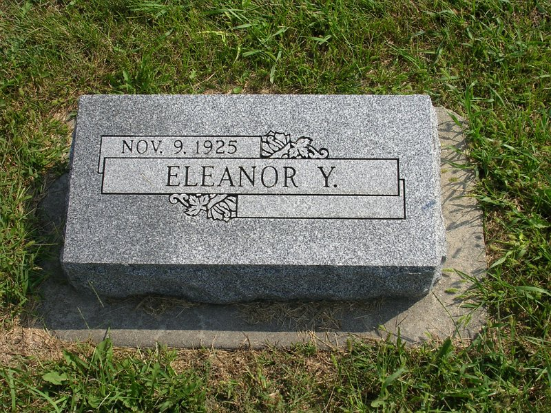 Eleanor Y. Adamson Grave Photo
