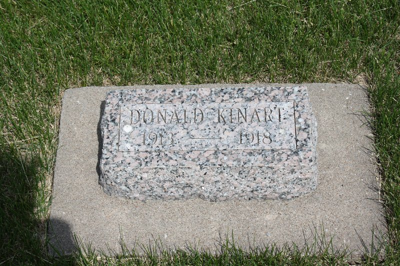 Donald Kinart Grave Photo