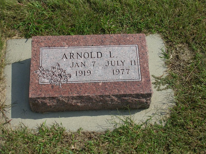 Arnold L. Shrewsbury Grave Photo